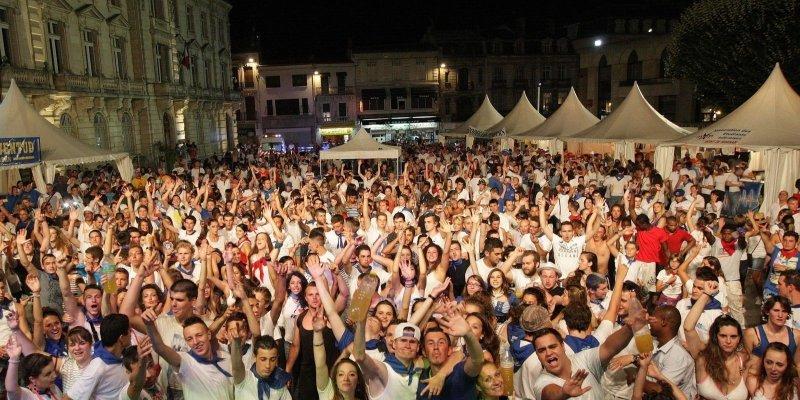 image : Fêtes de la Madeleine concert place de la Mairie - Photo Pascal Bats