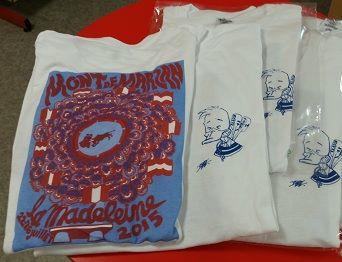 image : Photo T-shirts de la Madeleine 2015 classe des 18 ans
